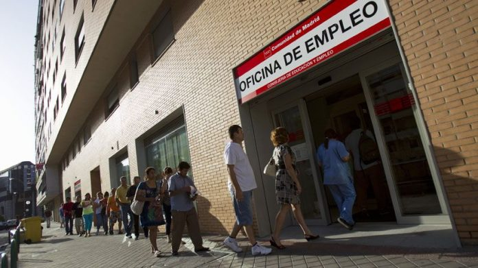 Thousands of employees in Spain still to be paid after being registered on ERTE