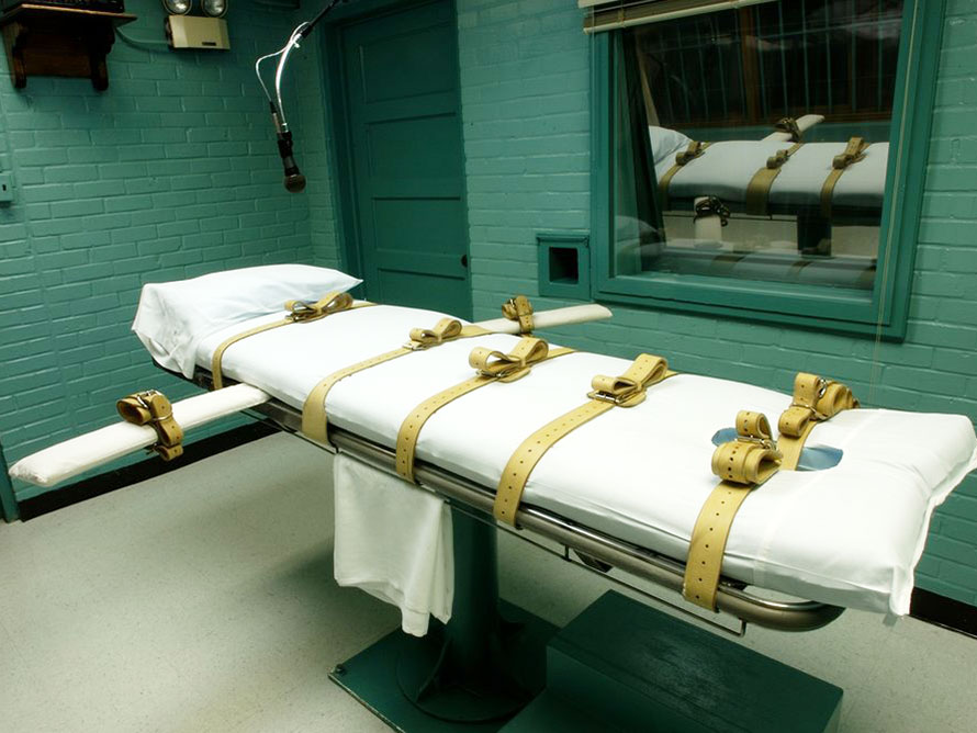 US carries out the first federal execution of a woman in seven decades