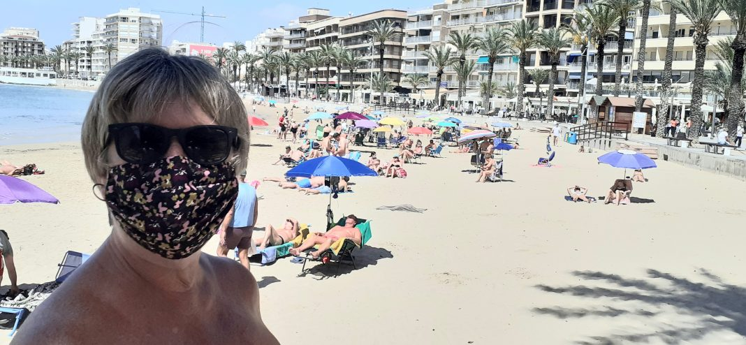 The need to wear Facemasks outdoors in Spain could end.